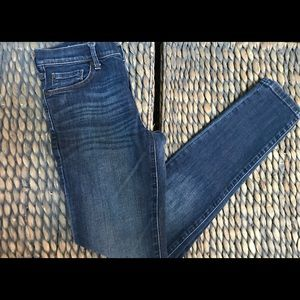 3/$30 - Gap Skinny Ankle Jeans